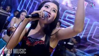 Download lagu Popy ratu panggung Gerimis melanda hati versi BKJ Music MP3