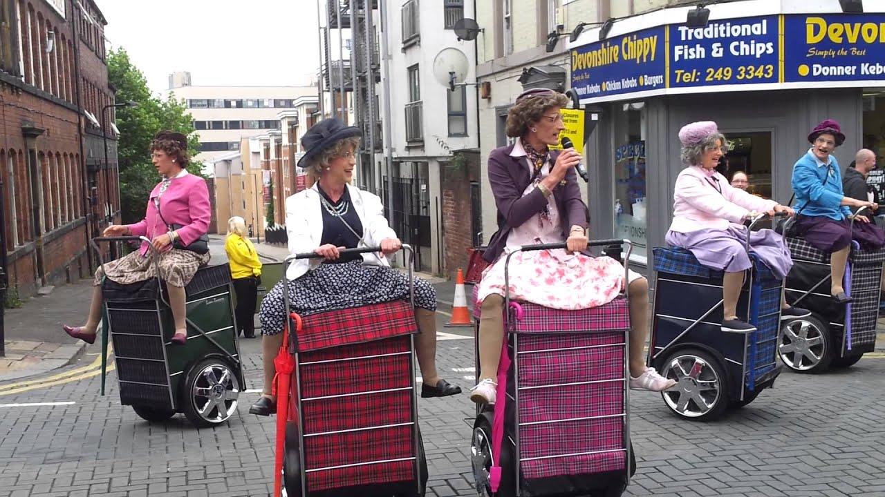 Granny Trolleys 89