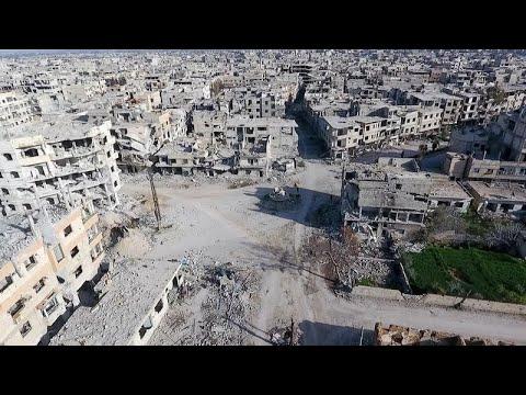 مقتل ما لا يقل عن 30 شخصا بغارات على الغوطة الشرقية  - نشر قبل 2 ساعة