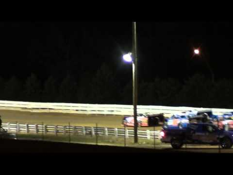 Chad Davis gets taken out on Lap 1 @ Selinsgrove Speedway