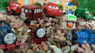 Thomas and Friends, Disney Cars Toys, Planes, Angry Birds  Lego like Egg Surprise