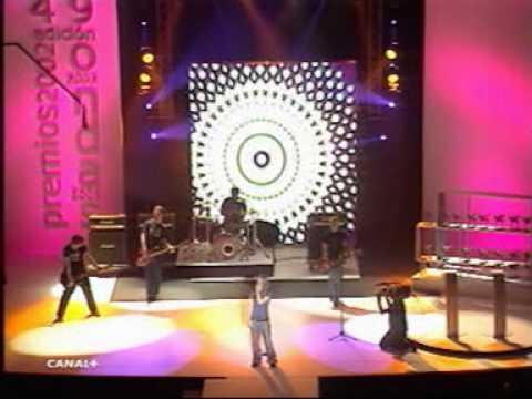 Avril lavigne - Complicated - Live @ Onda Awards [28.11.2002]