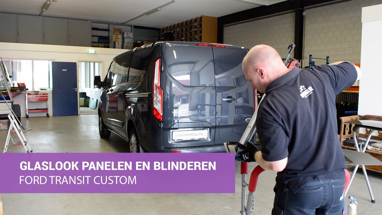 ford transit custom glaslook panelen en blinderen dubbele cabine youtube. Black Bedroom Furniture Sets. Home Design Ideas
