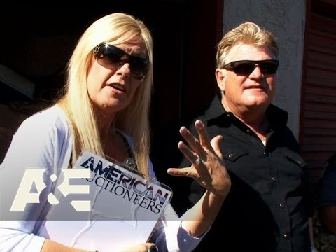 Storage Wars: Dan and Laura's Auctioneer Battle Season 6, Episode 7  A&E