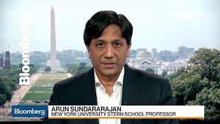 Lyft Should Include Drivers in IPO Ownership, NYU's Sundararajan Says