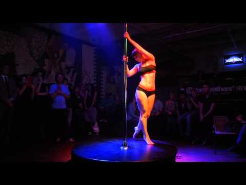 Oxi - pole dance party Bogota