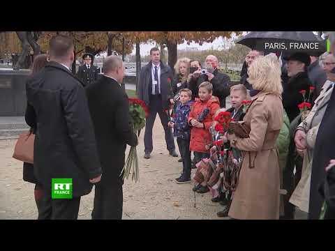 Vladimir Poutine rend hommage aux soldats du corps expéditionnaire russe en France