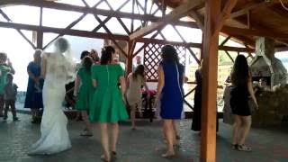 Танець нареченої _ Wedding dance. Bride and her girls are dancing together AIESEC-dance!