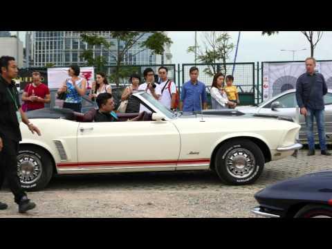 4K  HK Classics Cars : Corvette Stingray Moving