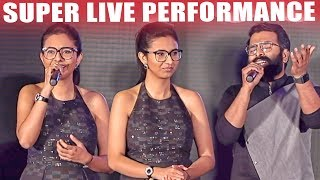 Cover images Sakthi Gopalan  & Santhosh Narayanan Live Singing | Yaanji Performance