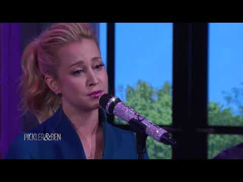 "Kellie Performs Her Single ""If It Wasn't For A Woman"" - Pickler & Ben"