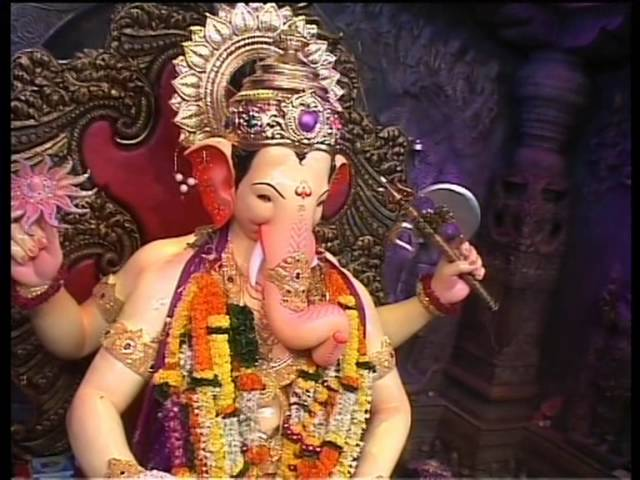 Lalbaugcha Raja Evening Aarti 01-sep-2011 Travel Video