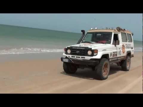 Corsa sulla spiaggia del Banc d'Arguin in Mauritania
