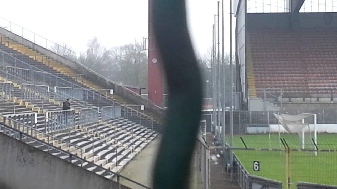 """Kalle""... KFC-Fan im Grotenburg-Stadion in Krefeld - YouTube"