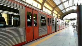 ISAPアテネ地下鉄1号線ピレウスPiraeus駅到着