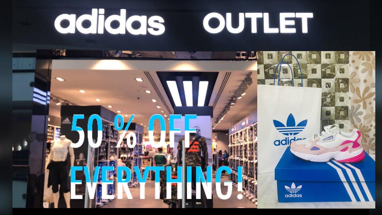 algodón Contradicción bostezando  ADIDAS OUTLET UAE | 50% EVERYTHING | ADIDAS CRAZY DEALS - YouTube