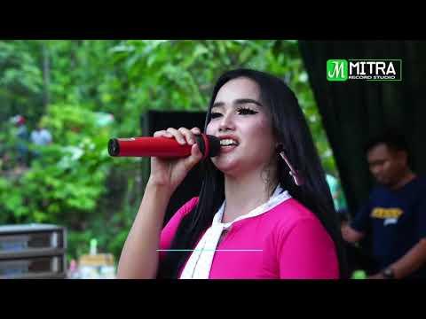 Lagu Terbaru MAYA SABRINA BOHOSO MOTO N'Distroy Watu Lawang 2018