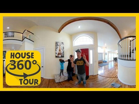 📹  House Tour in 360˚ in 4K 🏡 The Chick's Life  📸