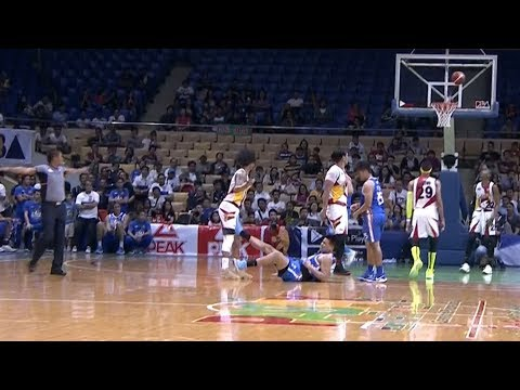 Michael Miranda of NLEX just got slapped with a Flagrant 2 for kicking Chris Ross in the groin