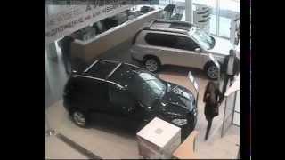 Инцидент в Пеликан-Авто (САМАЯ ПОЛНАЯ ВЕРСИЯ ПОГРОМА)(, 2012-04-10T21:22:18.000Z)