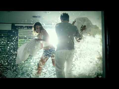 Luis Fonsi - Llena de amor (Music video + letra)