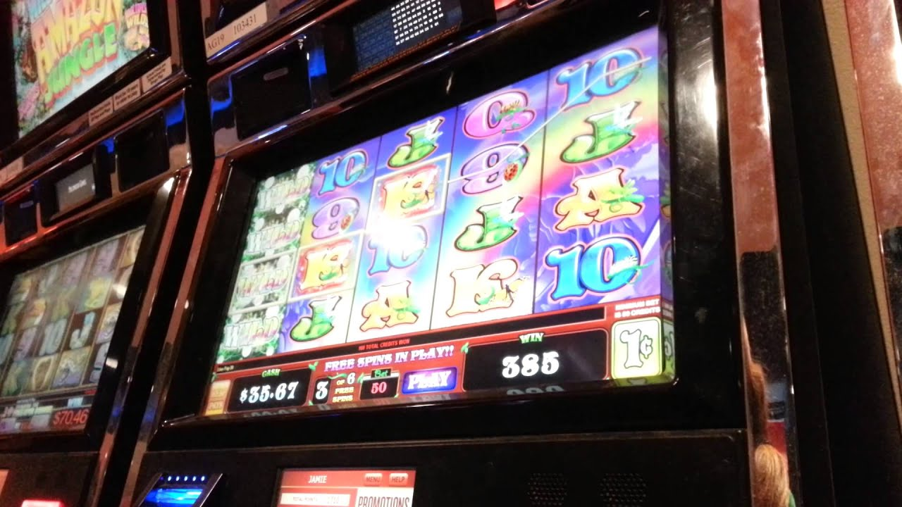 Wild Pixies Slot Machine Online