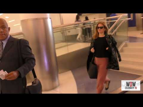 Isla Fisher departing at lax airport in Los Angeles