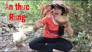 Xúc Xích nướng chấm Muối Ớt Chanh Siêu Cay | Ẩm thực Rừng - Sâu Tivi