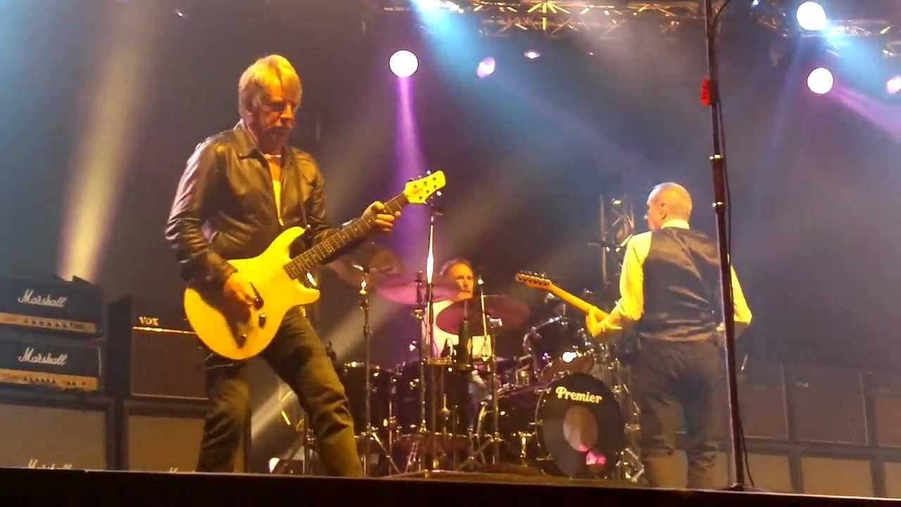Resultado de imagen de Status Quo / Live At Wembley Arena 2013 FULL CONCERT 1080p ᴴᴰ - HQ