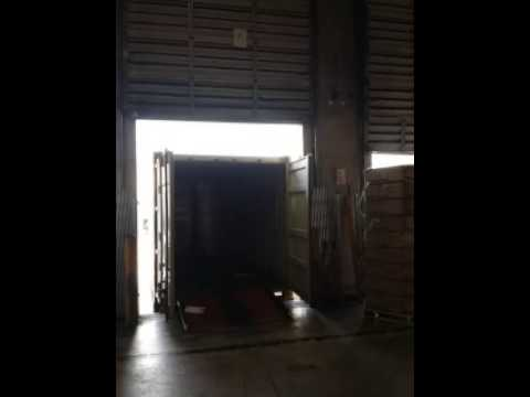 20 feet container off load in less than 6 mins