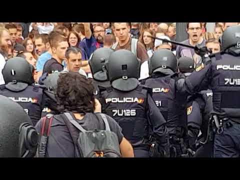 Man beaten by the Spanish police in Tarragona