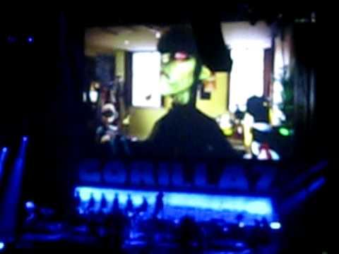 GORILLAZ - Escape to Plastic Beach World Tour (Toronto, 2010) - Intro