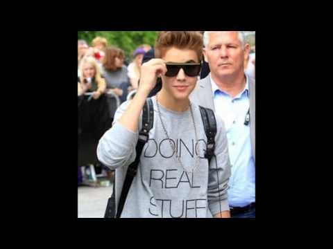 Justin Bieber Feat. Lil twist . INTERTWINE