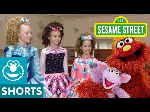 Sesame Street: Irish Dancing School with Murray