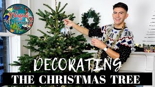 DECORATE WITH ME! CHRISTMAS TREE DECORATING 2018 | CHRISTMAS WITH MR CARRINGTON