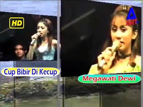 Cup Bibir Dikecup-Megawati Dewi-Om.Fujita Lawas Dangdut Koplo Melankolis