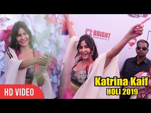 Katrina Kaif Crazy HOLI Celebration at ZOOM Holi Fest 2019