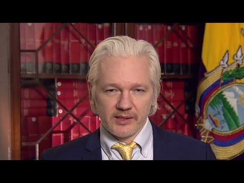 Ecuadorian Embassy Cuts Julian Assange