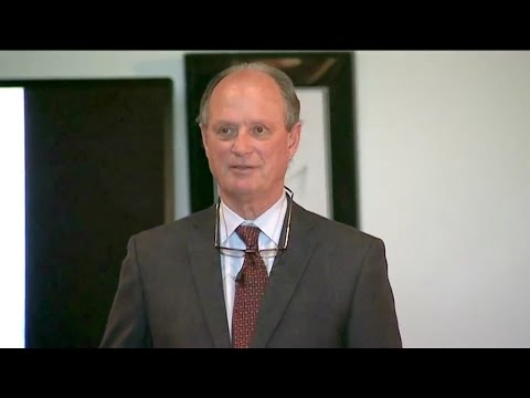 "Dr Robert Ballard: ""I think it is the Titanic on the bottom of the ocean"""