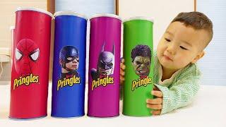 프링글스 그림 그리면 슈퍼히어로 댄스 춤 춘다고? Making Pringles with Superheros dance | 말이야와아이들 MariAndKids