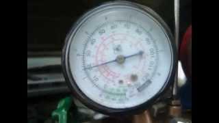 Máy lạnh ô tô/ Điều hòa ô tô: Kiểm tra thiếu ga lạnh như thế nào ?