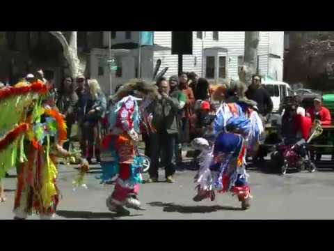 Mini Grand Entry - Silver Cloud Singers - Redhawk Native American Mother Earth Pow Wow 2018