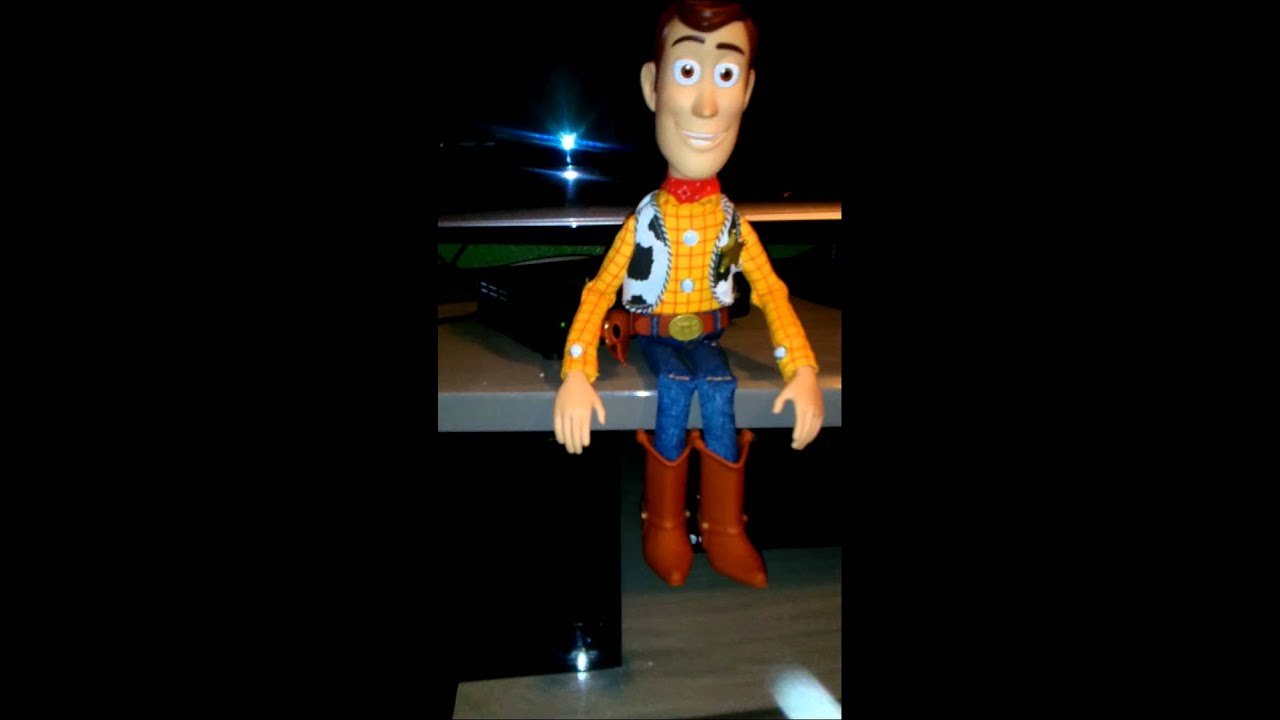 El juguete woody de toy story se mueve solo youtube - Cochon de toy story ...