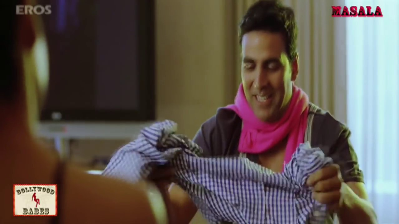 Download Every correct answer and you get surprise | Desi Boyz | Movie Scene