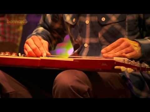 Ben Harper & the Innocent Criminals - Ground on Down (Live at Bonnaroo 2015)
