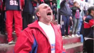 مشجع سان لورنزو الضرير يُنير مشهد شغف كرة القدم (فيديو)
