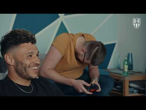 Alex Oxlade-Chamberlain hits Liverpool | FIFA lessons, signing shirts, paying back fans