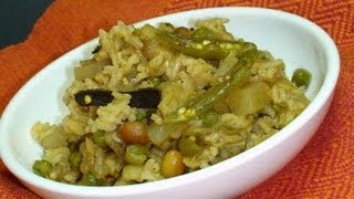 How To Make Masala Khichadi - Indian Spiced Rice Recipe