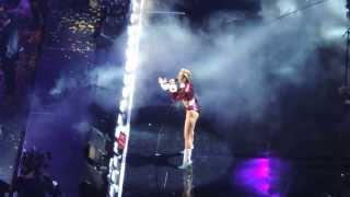 Video Miley Cyrus- Adore You (Live at z100 JingleBall 2013) download MP3, 3GP, MP4, WEBM, AVI, FLV Juni 2018