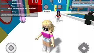 Hole in the wall ROBLOX wth bff